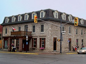 riverside bar grill gananoque pro